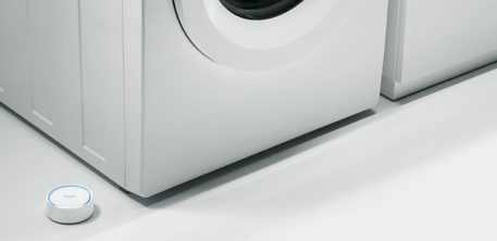 Grohe Sense vesianturi asennettuna pesukoneen viereen